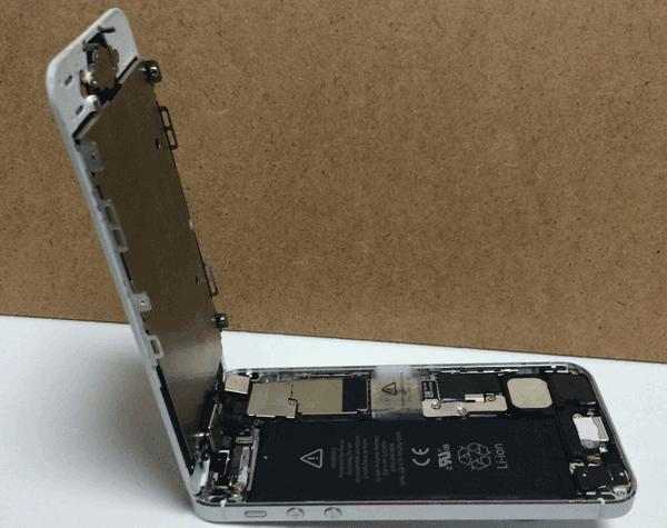 iPhone5やiPhone5cでフロントパネルを外した場合